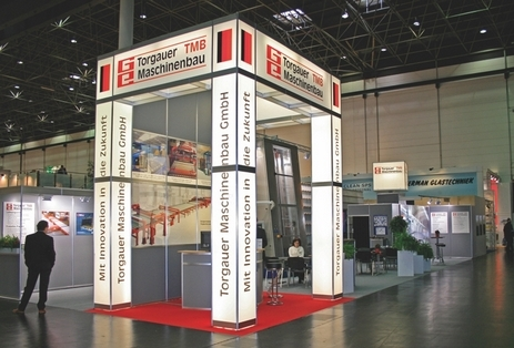 System booth with lightbox